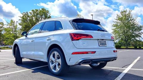 5 Reasons why the 2022 Audi Q5 is the BEST-SELLING Audi! #shorts
